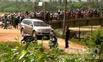 Bí thư huyện ủy chết bất thường trong xe ô tô cùng cô gái
