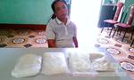 Bắt người Trung Quốc vận chuyển ma túy vào Việt Nam