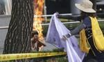 Một người Hàn Quốc bất ngờ tự thiêu trước sứ quán Nhật Bản