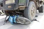 Tìm nhân chứng vụ tai nạn trên đường Nguyễn Tất Thành