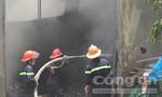 Cháy vựa ve chai rộng hơn 1.000m2 ở Long An
