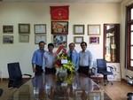 Đoàn Quận uỷ, UBND Quận Gò Vấp đến thăm báo CATP