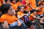 Gần 10.000 người đi bộ đồng hành cùng nạn nhân da cam