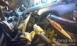 Ô tô đâm hàng loạt xe máy, nhiều người bị thương