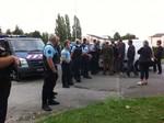 """Thông tin từ Pháp: 4 người bị bắn chết trong """"làng"""" người Roma"""