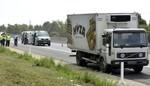 Áo: 50 người chết ngạt trong xe tải