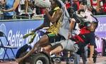 Usain Bolt bị người quay phim 'hạ gục' khi đang ăn mừng chiến thắng