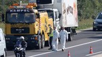 Phát hiện hơn 70 xác chết trong xe tải chở thịt gà đông lạnh