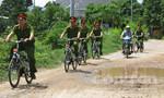 Theo chân cảnh sát đạp xe đi tuần