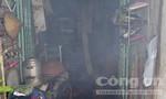 Cháy nhà cấp 4, ba người thoát chết