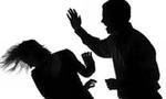 Bị từ chối tình cảm, nam thanh niên nhẫn tâm đập đầu và cắt cổ vợ cũ