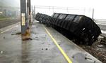 Siêu bão Soudelor tàn phá Đài Loan, 4 người chết