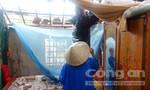 Quảng Bình: Lốc xoáy cuốn mất nhà, người dân ôm con chạy trốn