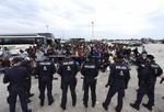 Hungary: Di tản là vi phạm hình sự