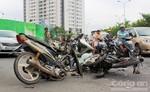 2 xe máy tông trực diện, 2 người nhập viện