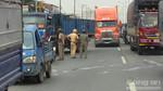 Tai nạn liên hoàn 4 xe tải, các phương tiện nhích từng chút trên Quốc lộ 1