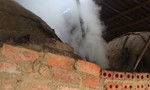 Lò than hoạt tính gây ô nhiễm nghiêm trọng cho học sinh tiểu học