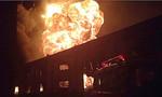 Nỗ lực khống chế đám cháy lớn tại công ty sơn ở Bình Dương