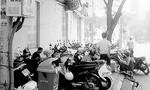 Chung cư 39 Ngô Đức Kế, phường Bến Nghé, Quận 1:  Người dân bức xúc tình trạng cổng chung cư bị chiếm dụng