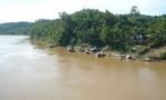 Sau 1 tuần mất tích bí ẩn, nam sinh được phát hiện đã chết ở mép sông