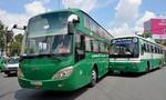 Xe khách, xe buýt tông nhau trước cổng bến xe Miền Tây
