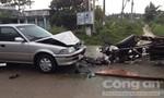 Xe của Trưởng phòng giáo dục huyện va chạm xe máy, 2 người bị thương nặng