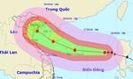 Bão Sarika giật cấp 16-17 tăng tốc hướng vào Việt Nam