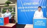 Lãnh đạo TP.HCM đóng góp, ủng hộ đồng bào miền Trung chịu thiên tai