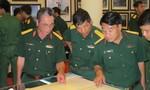 Triển lãm Hoàng Sa và Trường Sa đến với chiến sỹ bộ đội
