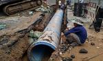 Rò rỉ ống nước ở Sài Gòn, hàng chục ngàn hộ dân bị cúp nước
