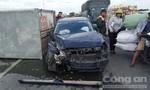 Tai nạn liên hoàn trên cầu Vĩnh Tuy, 3 xe ô tô hưng hỏng nặng