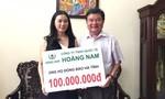 Công ty TNHH quốc tế Hoàng Nam ủng hộ đồng bào vùng lũ miền Trung 230 triệu đồng