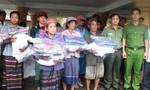 Báo Công an TP.HCM về với người Ma Coong ở vùng biên giới Quảng Bình