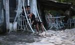 Người Sài Gòn lại lội nước về nhà trong ngày triều cường dâng cao