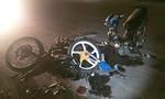 Xe máy tông nhau gãy làm đôi, 1 người nguy kịch