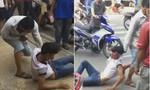 Clip: Hai thanh niên bị đánh nhừ tử vì nghi trộm xe máy