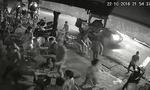 Nhóm thanh niên ngang nhiên đập phá quán cà phê ở Sài Gòn