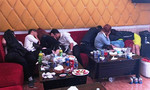 Hàng chục nam thanh nữ tú phê ma túy trong nhà hàng
