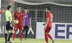Đình Luật bị phạt nguội 1.000USD vì phạm lỗi với 'Messi Campuchia'