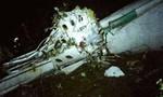 Cận cảnh hiện trường máy bay chở 81 người rơi ở Colombia