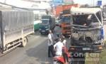 Va chạm với xe tải, xe ben lao vào dải phân cách