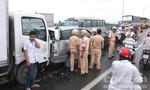 Cầu Rạch Miễu ùn tắt nghiêm trọng sau tai nạn liên hoàn