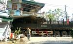 Ô tô tải tông vào nhà dân, hai mẹ con chết thương tâm