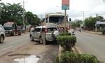 Xe ben gây tai nạn liên hoàn, nhiều người thoát nạn
