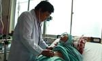 Hai lần can thiệp mạch máu cứu cụ bà 90 tuổi xuất huyết tiêu hóa ồ ạt