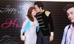 Những mối tình 'bất chấp tuổi tác' trong showbiz Việt