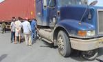 Xe container tông chết người trong lúc rẽ phải