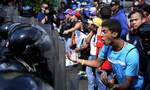Venezuela khủng hoảng trầm trọng vì đổi tiền