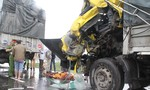 Tông đuôi xe tải, tài xế mắc kẹt trong cabin tử vong