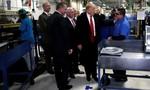 Trump cảnh báo các công ty không đem công việc ra nước ngoài